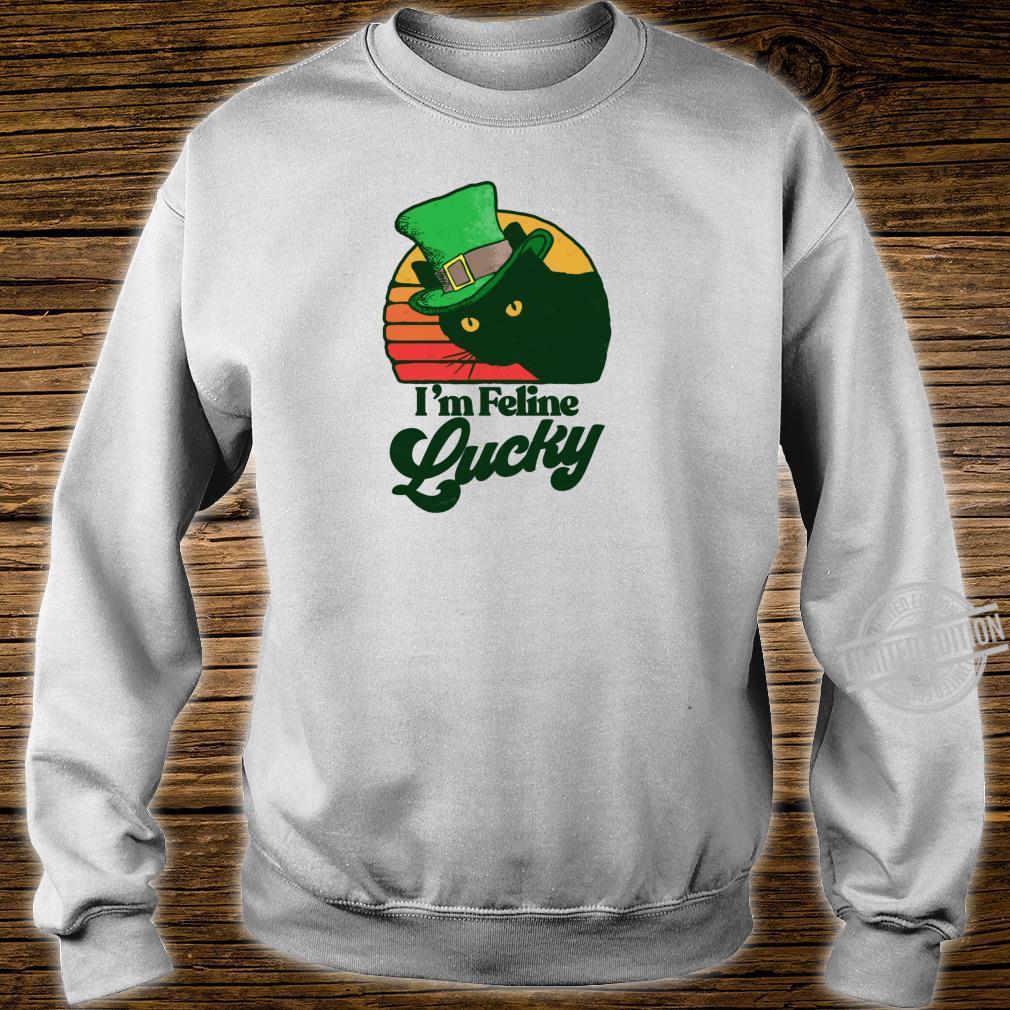 Feline Lucky Vintage St Patricks Day Cat Distressed Shirt sweater